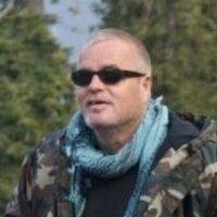 Stuart Chambers | Social Profile