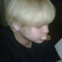 DANIEL . Z . P Y O | Social Profile