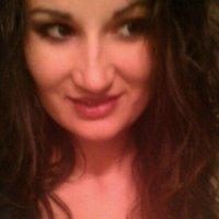 Mia Kirchner | Social Profile