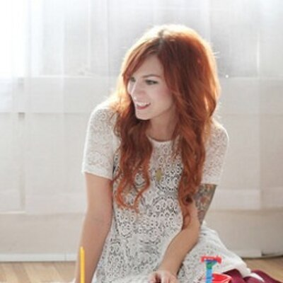 Katie Shelton | Social Profile
