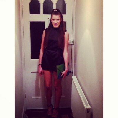 Elizabeth Cook | Social Profile