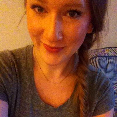 cassie dulworth | Social Profile