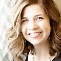 Lea Sullivan | Social Profile