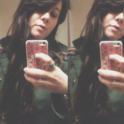 Shannon ☕ Cuthrell  | Social Profile