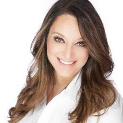 Kim Pirrella   Social Profile