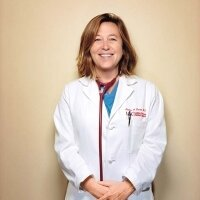 Leslie Saxon, MD | Social Profile