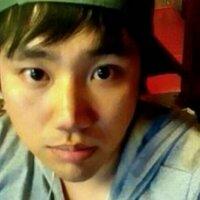 용이 | Social Profile