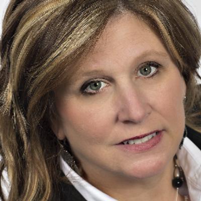 Donna Lere   Social Profile