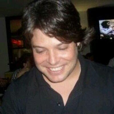 Rafael Cavalcanti   Social Profile
