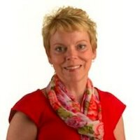 Nadine Norris | Social Profile