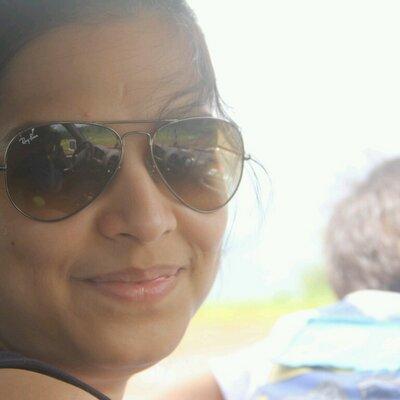 Poonam Umalkar Dave | Social Profile