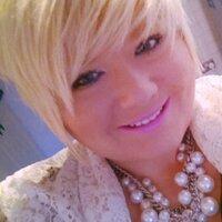 Jess Toms  | Social Profile