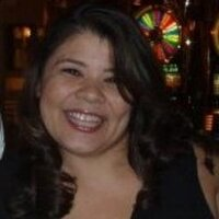 Lisa Brewster | Social Profile