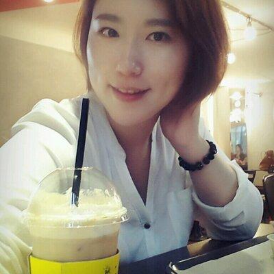 김혜란 | Social Profile