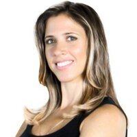 Laura Ferreira   Social Profile