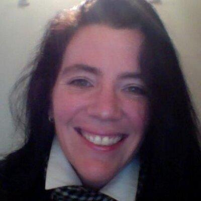 Lisa Williams  | Social Profile