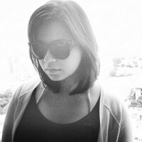 Bea Hollensteiner | Social Profile