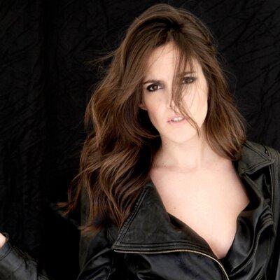 Paloma Miranda | Social Profile
