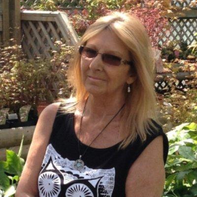 Maureen  | Social Profile