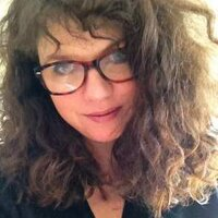 HelenMoore | Social Profile