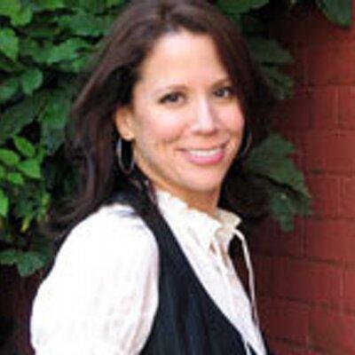 Stephanie Oppenheim | Social Profile