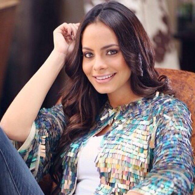 Dalia Fernandez Social Profile