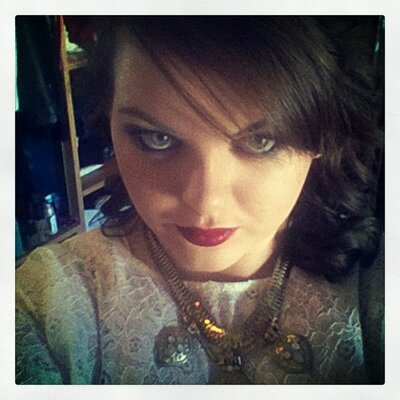 Helen :) | Social Profile