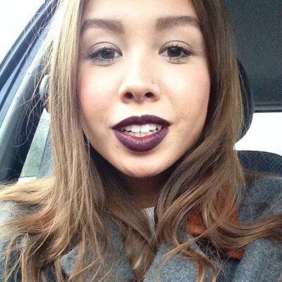 Jasmin Chongin | Social Profile