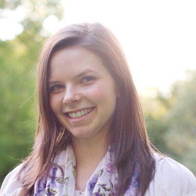Mme Kathleen | Social Profile