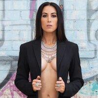 Gail Alexandra | Social Profile