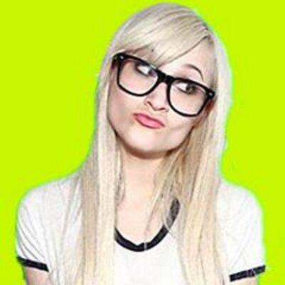 Lauren O'Neil | Social Profile