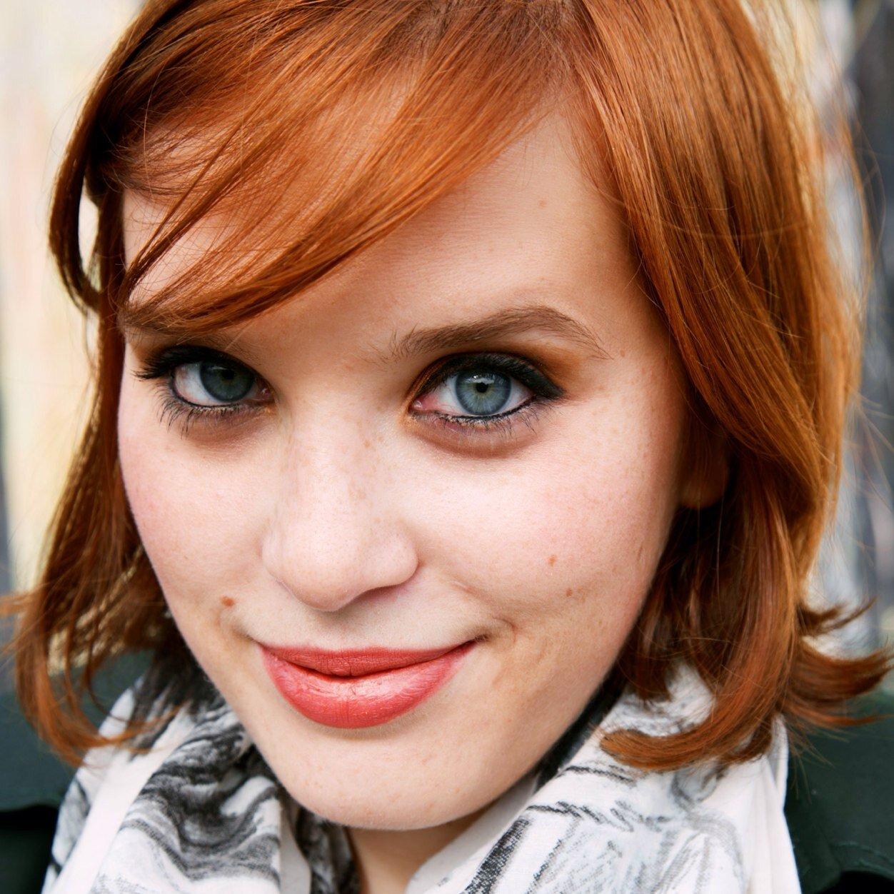 Emily Elias Social Profile