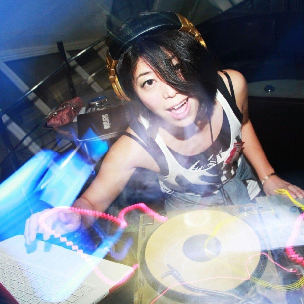 DJ Chii☆ Social Profile