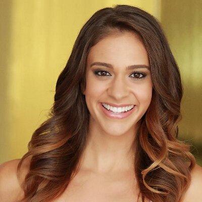 Ailis Garcia | Social Profile