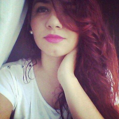 Victória  Camara | Social Profile