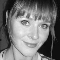 Donna Navarro | Social Profile