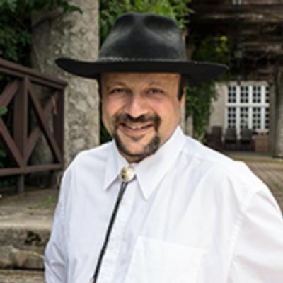 Carl Thomas | Social Profile