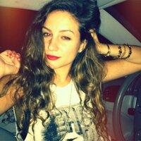 laura d. | Social Profile