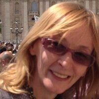 Elizabeth Wright L. | Social Profile