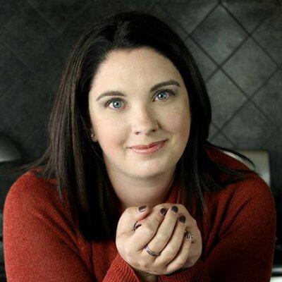 Steena Holmes | Social Profile
