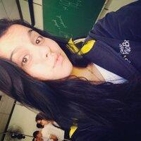 Larafavaro_