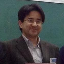 神谷健一 Social Profile