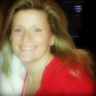 Liz Gilroy   Social Profile