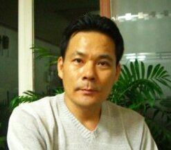 드롱 Social Profile