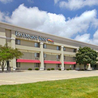 Baymont Champaign