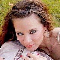 Laura Ann ∞ | Social Profile