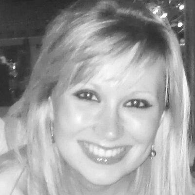 Nadia Bunce | Social Profile