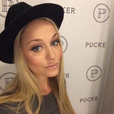 Alana Fechner | Social Profile