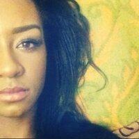 Chey Louise | Social Profile