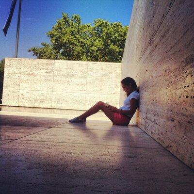 Alejandra Reyes | Social Profile